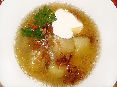 Chanterelle Soup with Smetana and Parsley