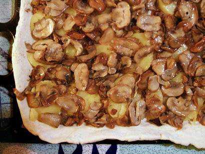 Making Potato And Mushroom Pie