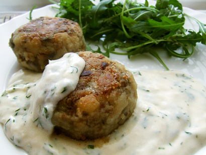 Mushroom&Rice Balls with Sour Cream Dill Sauce