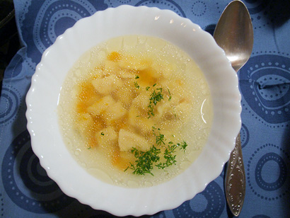 Dietary chicken broth with dumplings