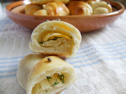 Garlic and Dill Crescent Rolls for Midsummer