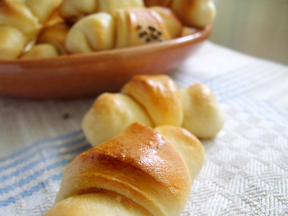 Slovak Garlic/Cheese Crescent Rolls