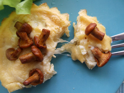 Cheese and Chanterelle Mini Omelette (Baked)