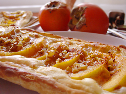 Persimmon tart with walnuts
