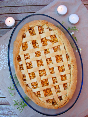 Apple Coconut Vanilla Lattice Pie